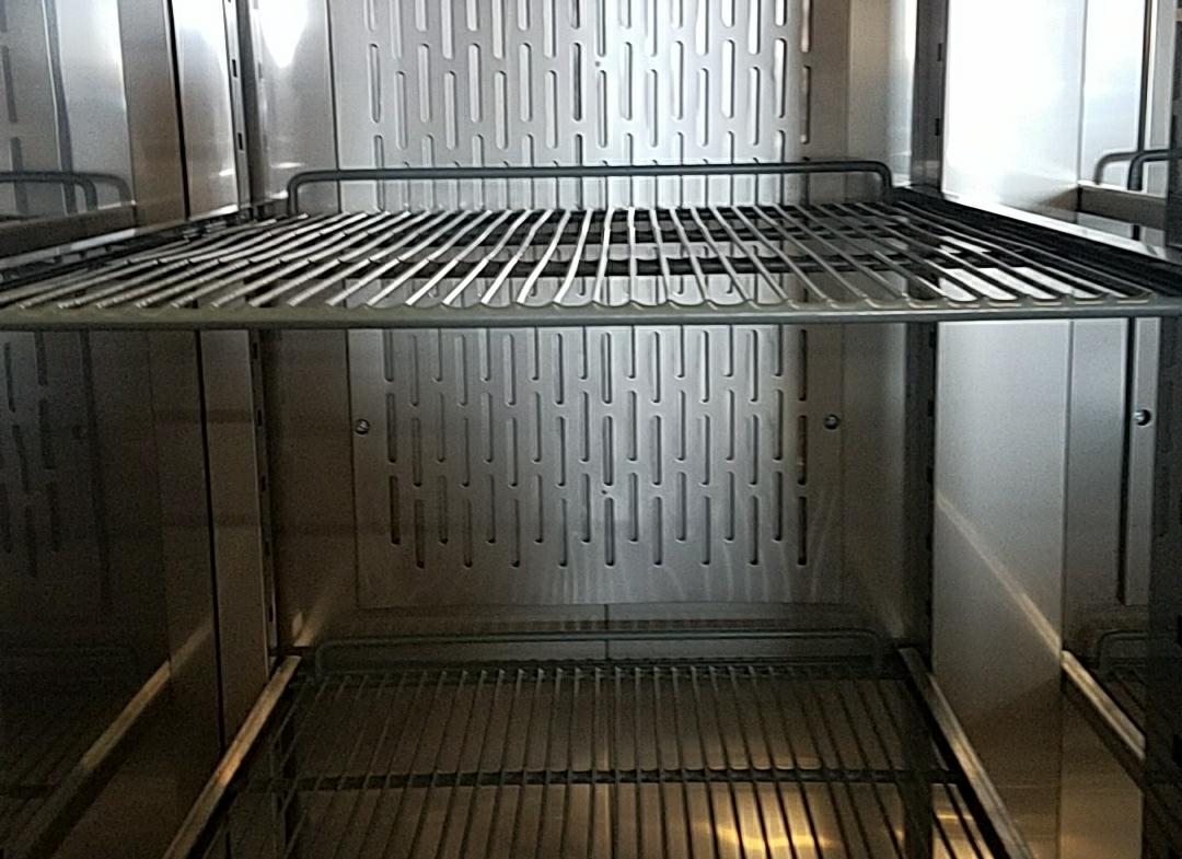 commericial refrigerator or freezer shelf